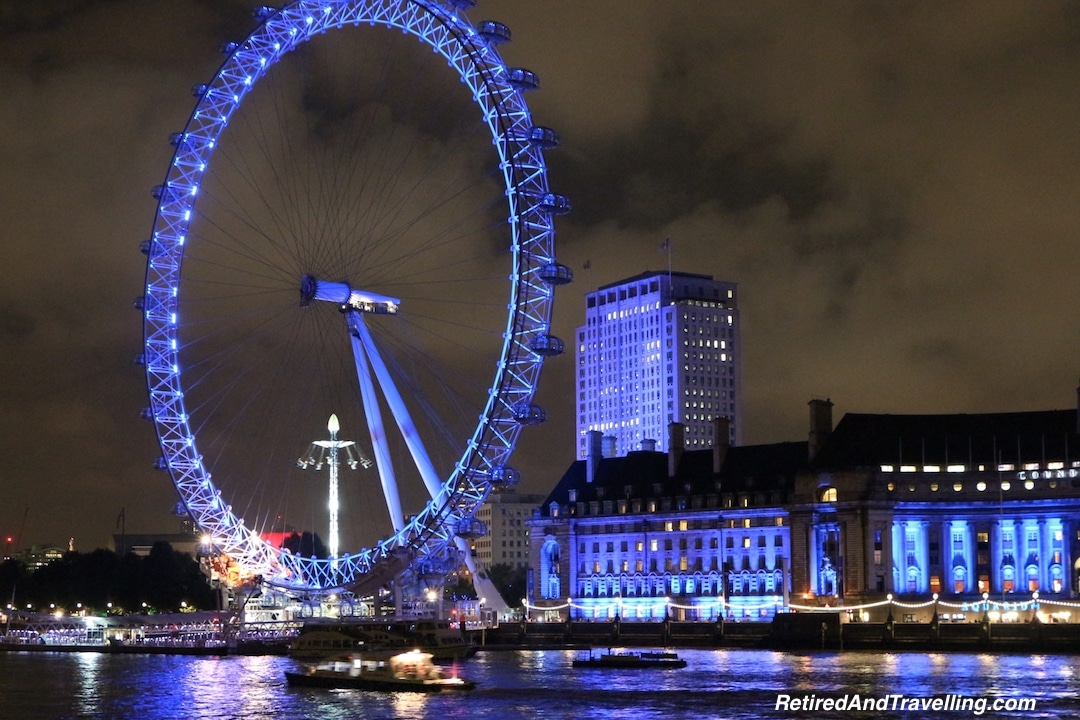 Night View of London Eye - London Gateway.jpg