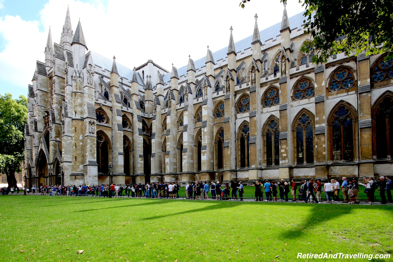 London Westminster Abbey - London Gateway.jpg