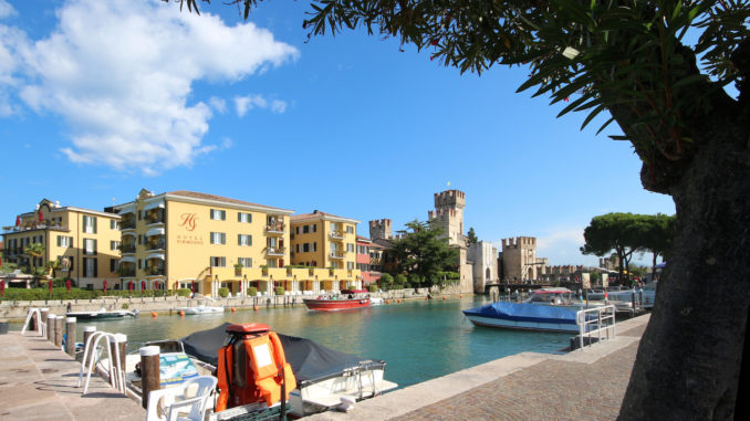 Lake Garda and Sirmione.jpg