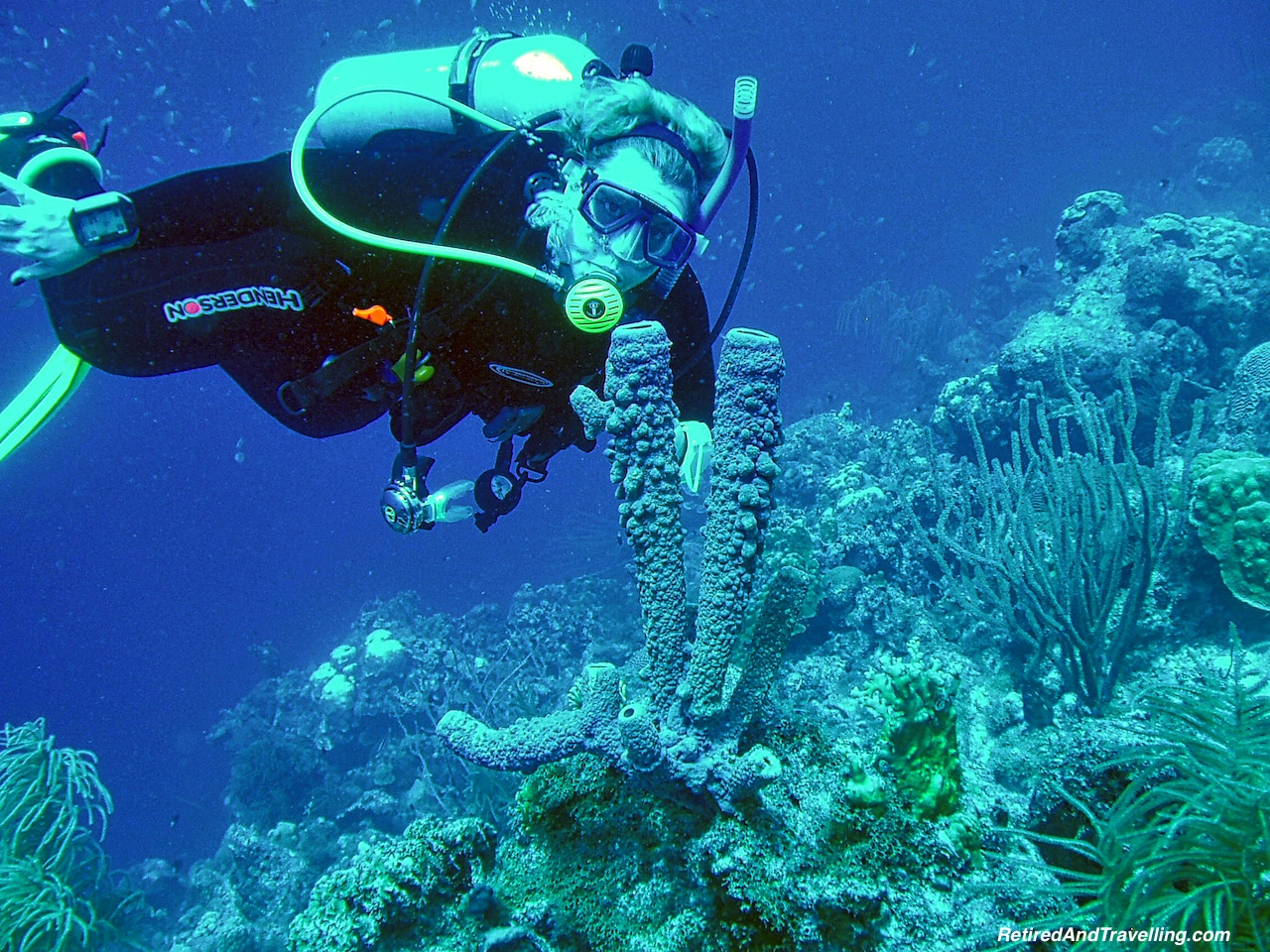 Scuba Diving in Curacao - Free Resort Scuba Diving.jpg