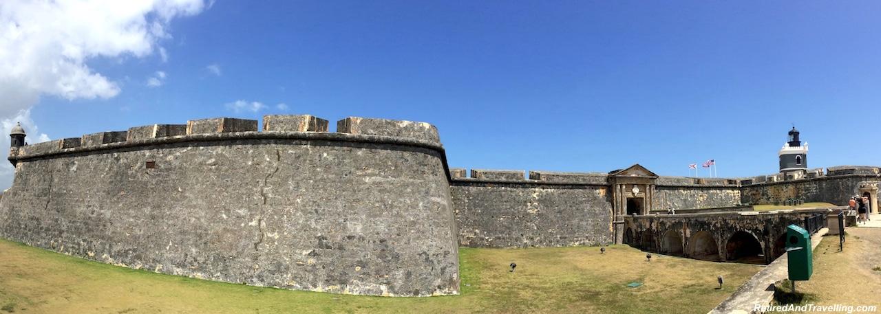 Castillo San Cristobal and Castillo San Felipe del Morro - San Juan cemetery statues.jpg