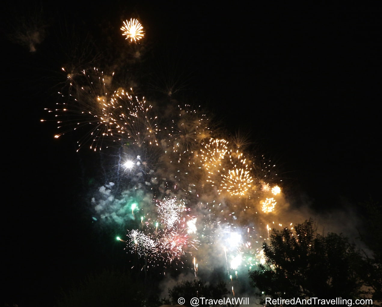 Balloon Fiesta Fireworks - Sky High In Albuquerque.jpg