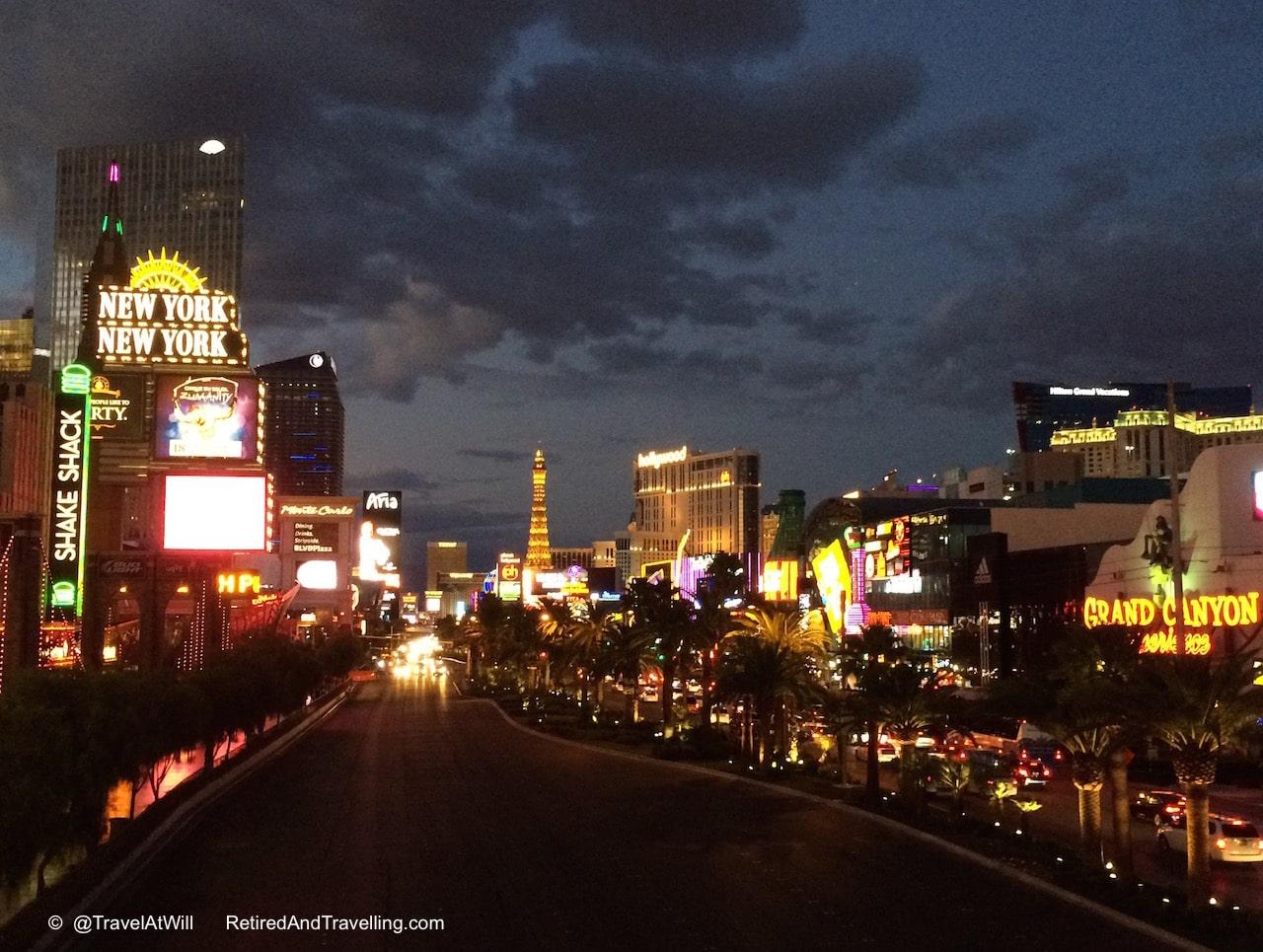 VegasStrip-2015-10-24-20-38.jpg