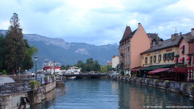 Annecy In The French Alps.jpg