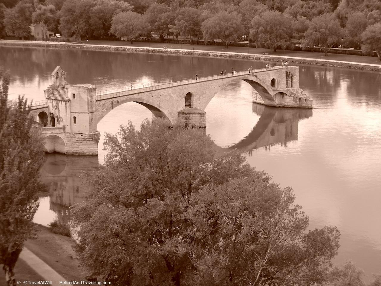 Pont d'Avignon - Exploring Around Avignon.jpg