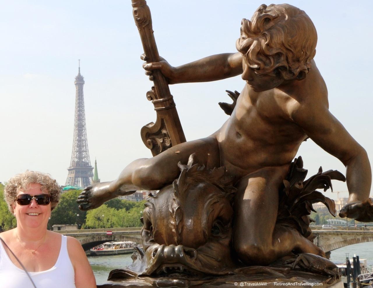 Eiffel Tower - Iconic Paris Sights.jpg