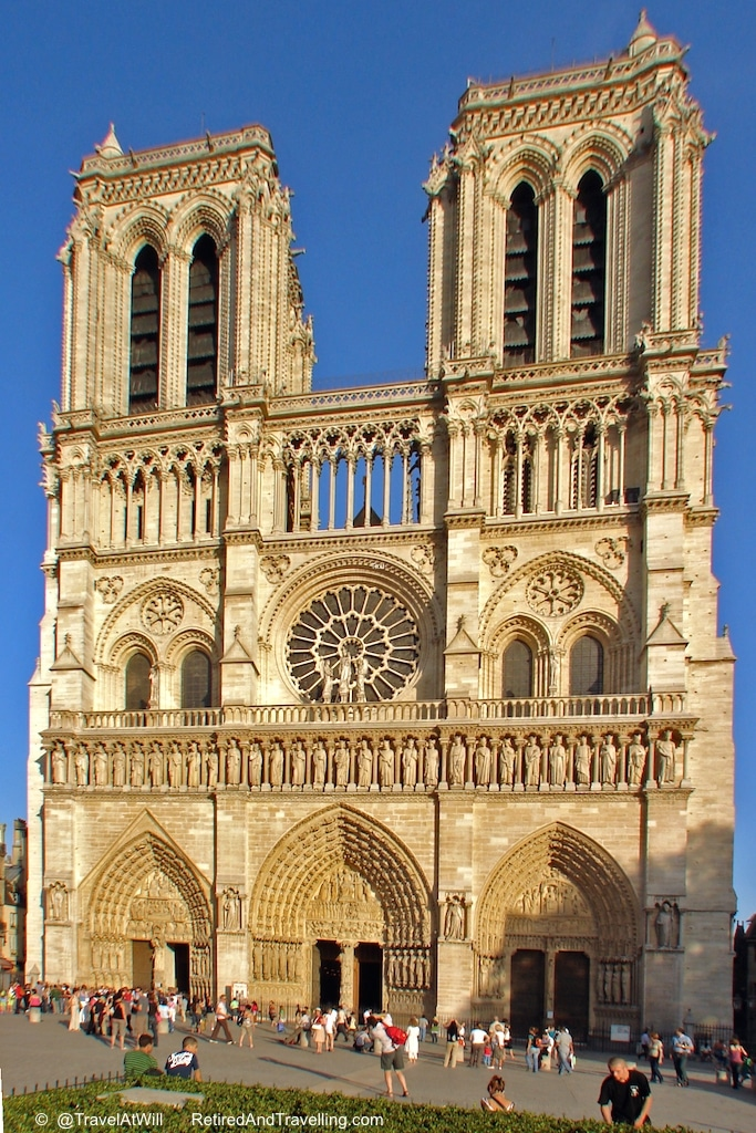 Notre Dame - Iconic Paris Sights.jpg