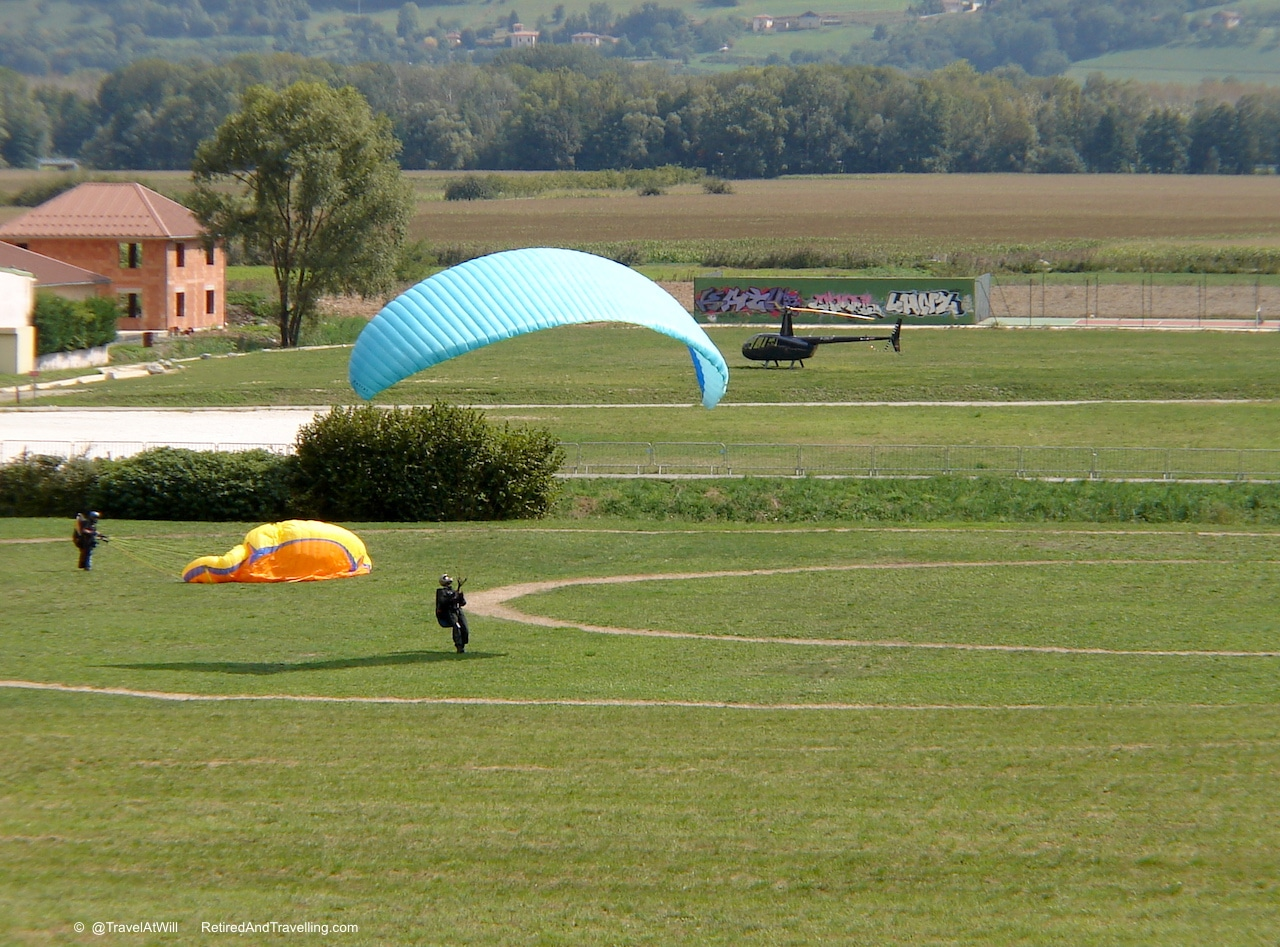 Para Gliders - Through the French Alps.jpg