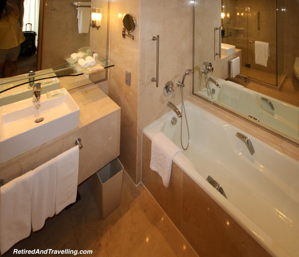 Luxury Bathtub - Luxury Travel.jpg