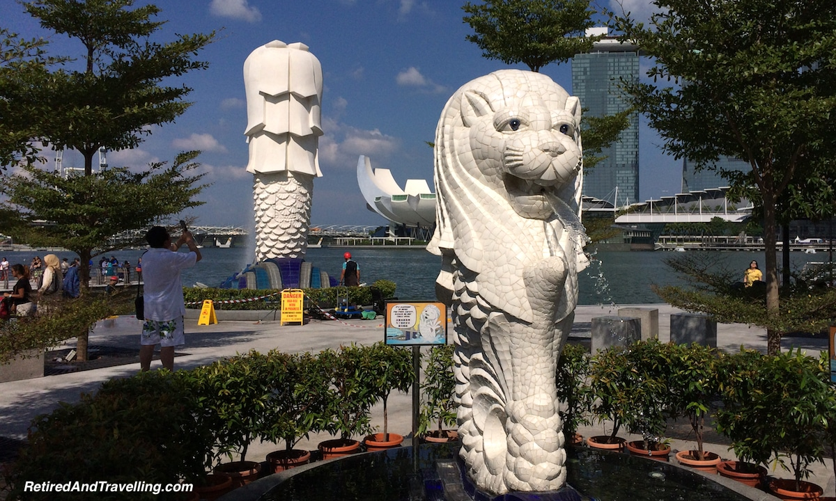 Singapore Merlions - Travel to SE Asia.jpg