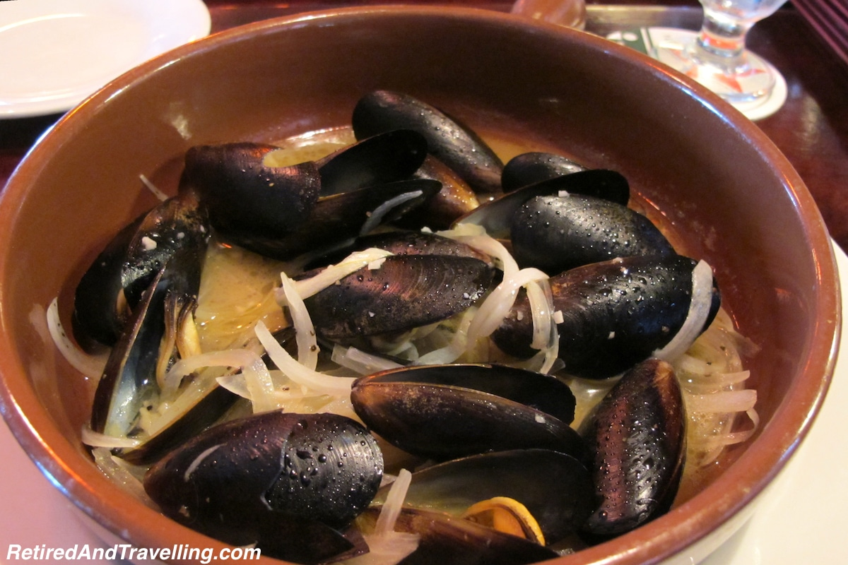Luciano Mussels - Nassau Quest for Perfect Italian Pizza.jpg