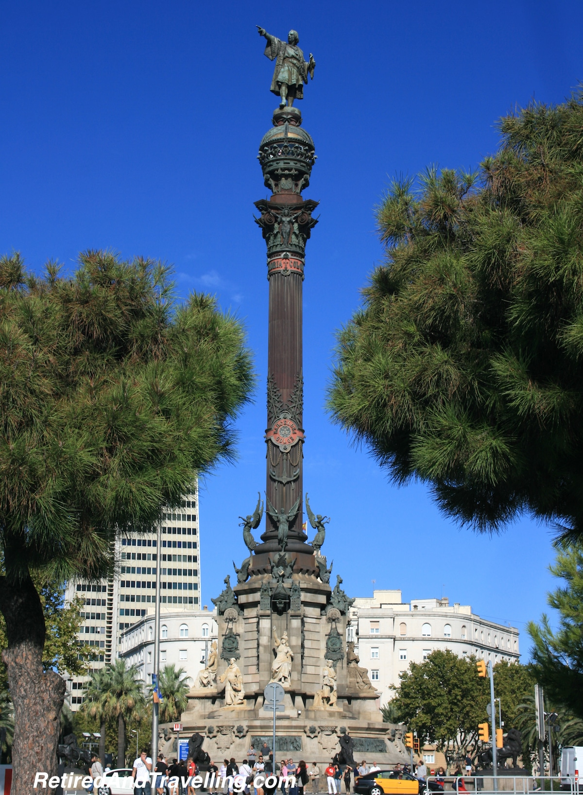 Columbus Statue - Waterfront - Exploring Barcelona.jpg