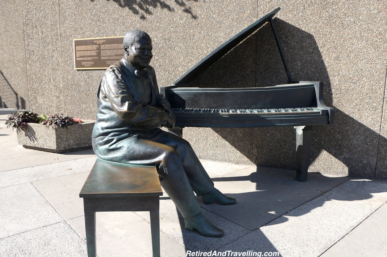 OscarPeterson Statue - Things to Do in Ottawa.jpg