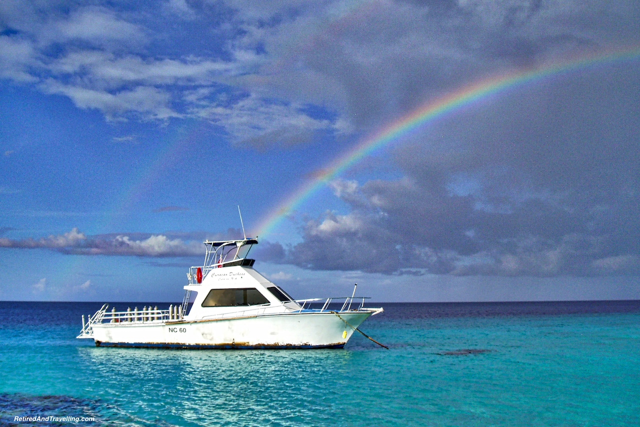 Boat Dive Rainbow - Curacao in Hurricane Season.jpg