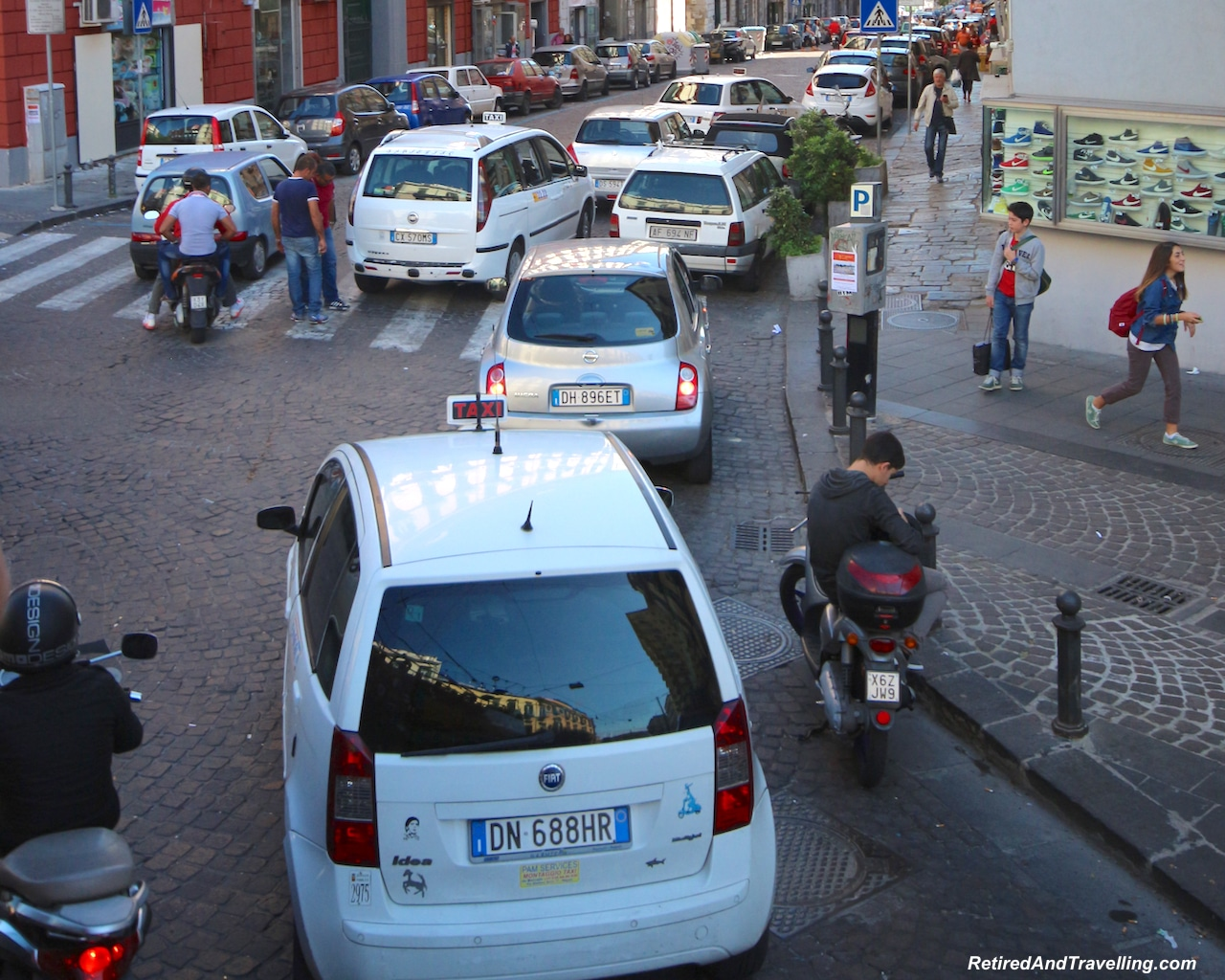 Napoli Crazy Drivers - Travel Planning Tips.jpg