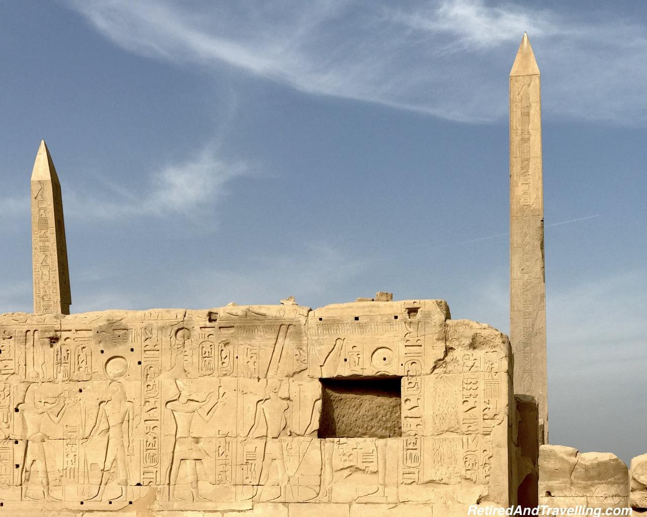Queen Hatshepsut Obelisk - Karnak Temple Day and Night.jpg