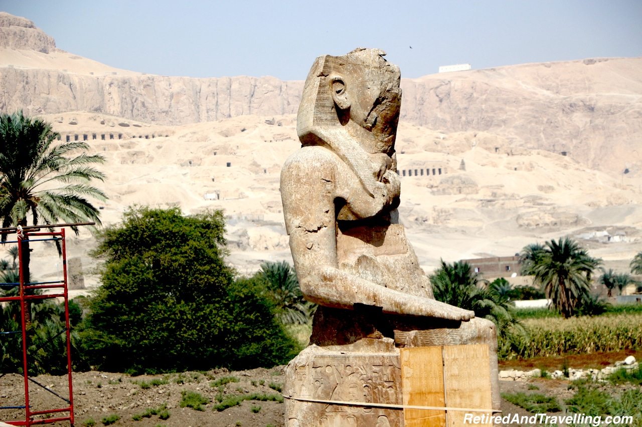 Colossus of Memnon - Mortuary Temples.jpg