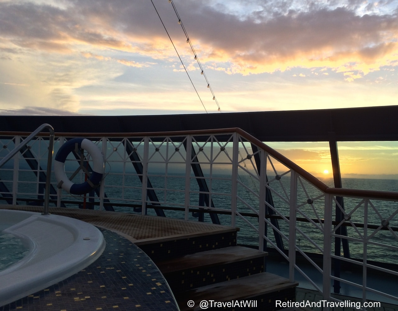 Sunsets cruising with Oceania Cruises - Favourite Blogs of 2016.jpg