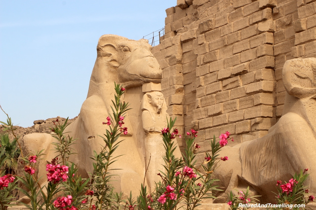 Egypt Temples and Tombs - Travel Around The World in 2016.jpg