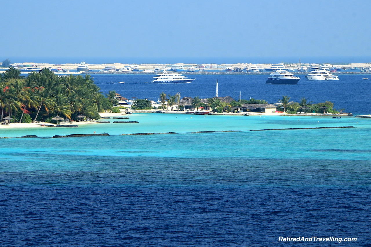 Private Resort House Reef - Snorkelling in the Maldives.jpg