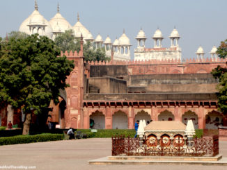 Red Fort in Agra.jpg