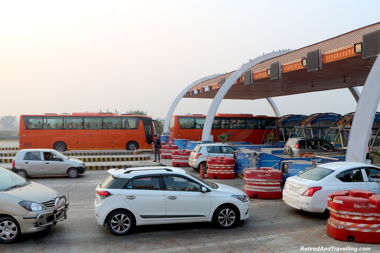 Driving to Agra - Delhi Drive to Explore Agra.jpg