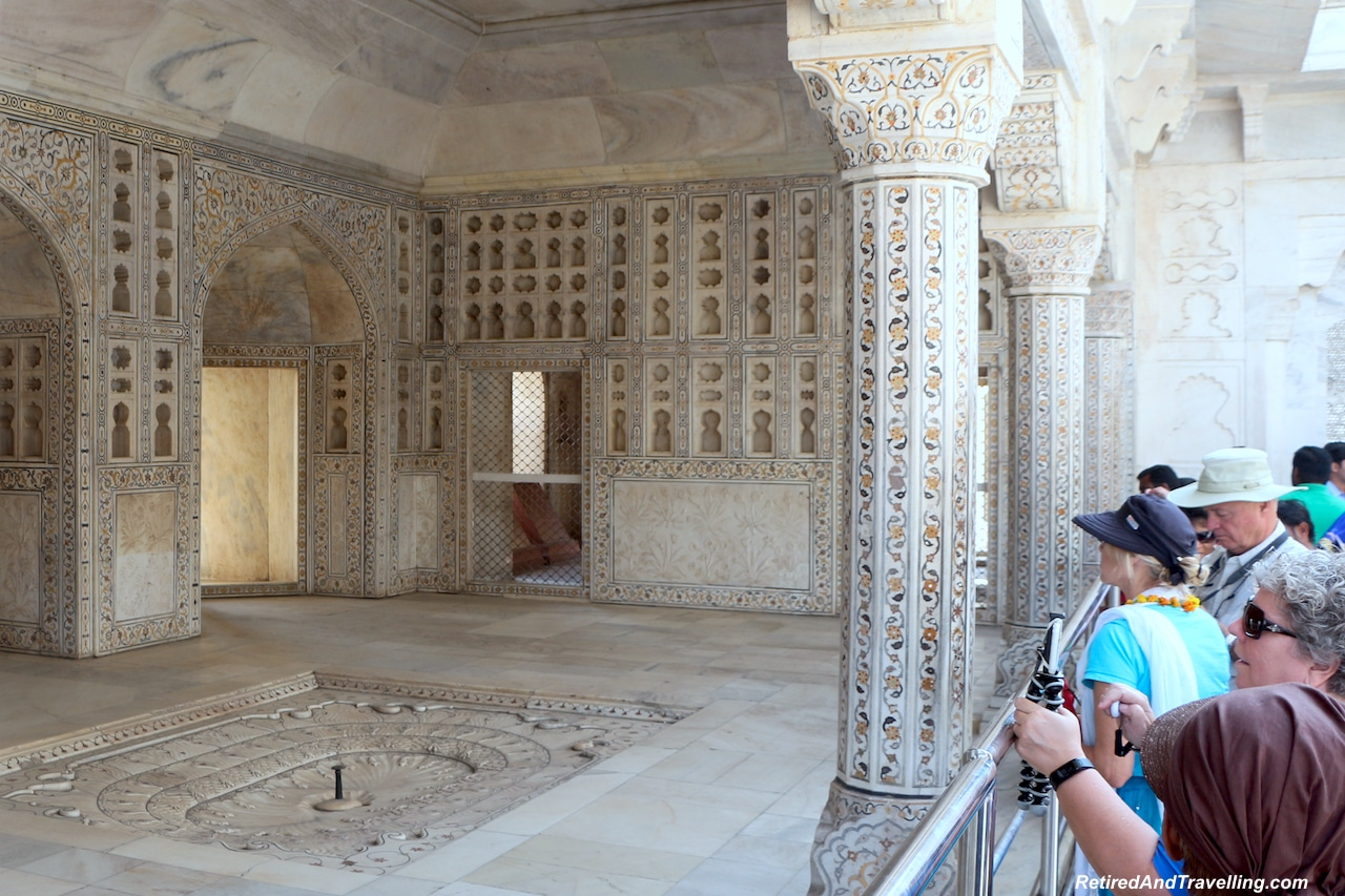 Muthamman Burj - Red Fort in Agra.jpg