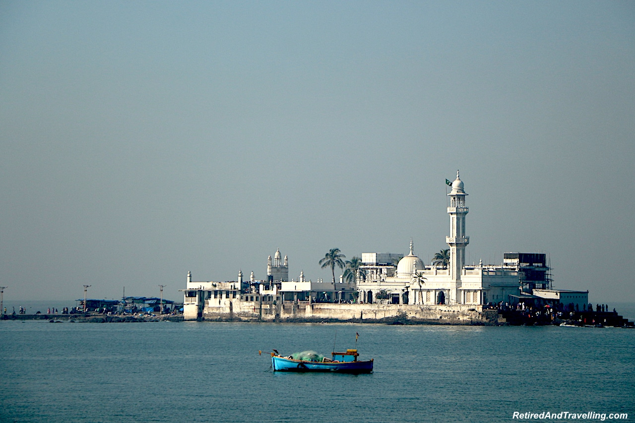 Mumbai Haji Ali Mosque - Religious Diversity on a Tour of Mumbai.jpg