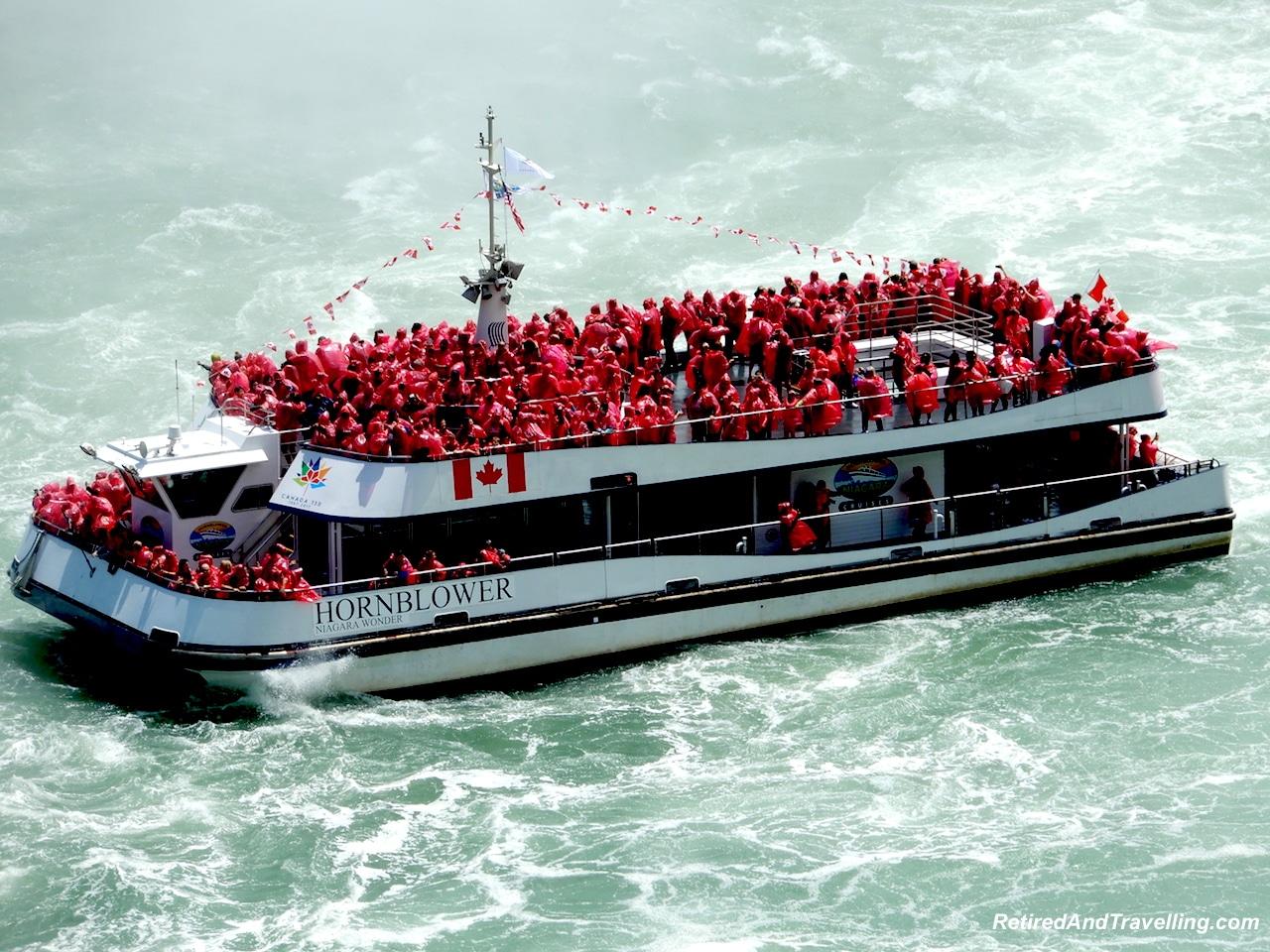 Horseshoe Falls Hornblower Boat.jpg
