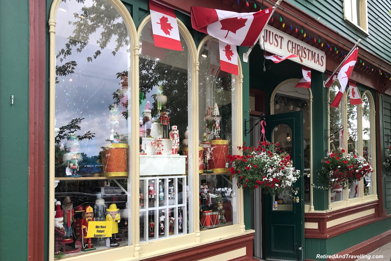Christmas Shop Niagara on the Lake.jpg