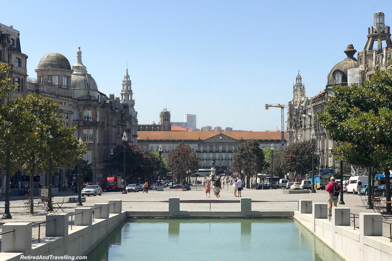 Building Art Camara Municipal - Art Everywhere When We Walked Around Porto.jgp