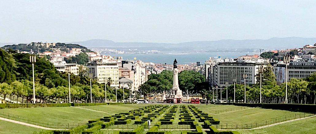 Walking in Lisbon Down The Avenida da Liberdade.jpg