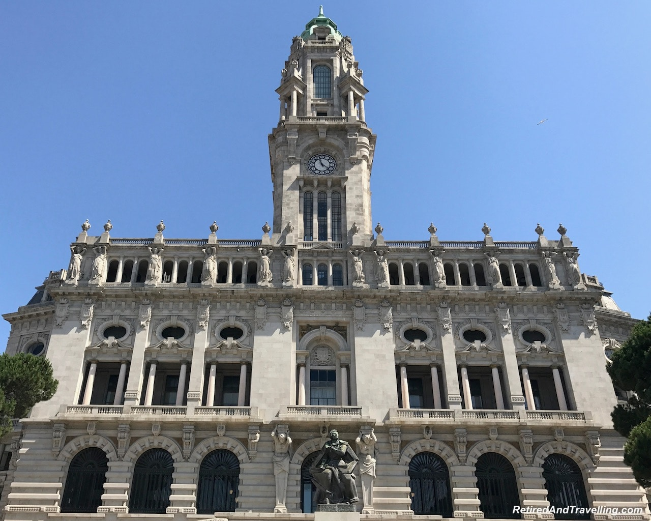 Camera Municipal - Building and Statue Art - Things To Do In Porto.jpg