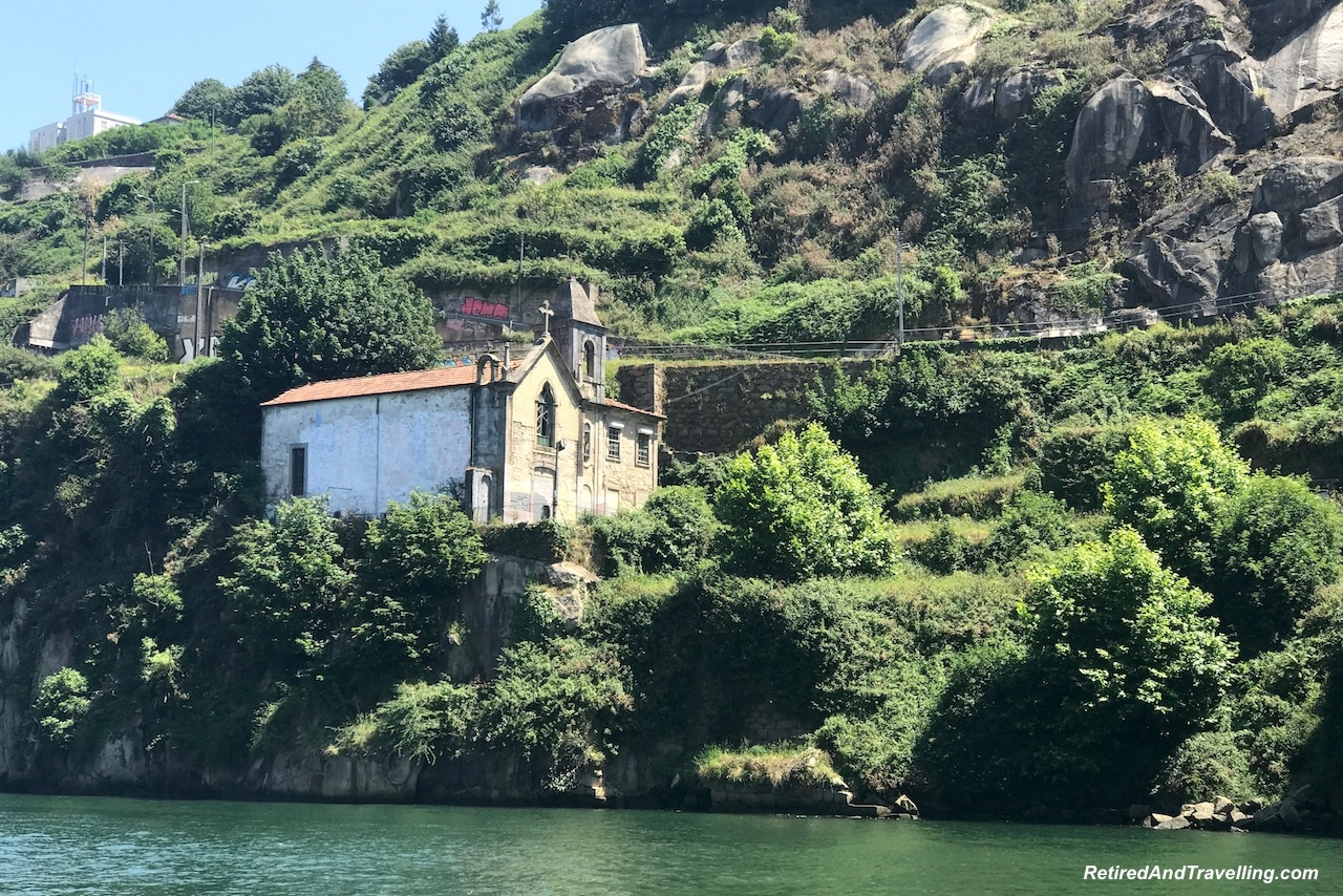 Capela Sra. do Além - Cruise Church View - Cruise The Douro River in Porto.jpg