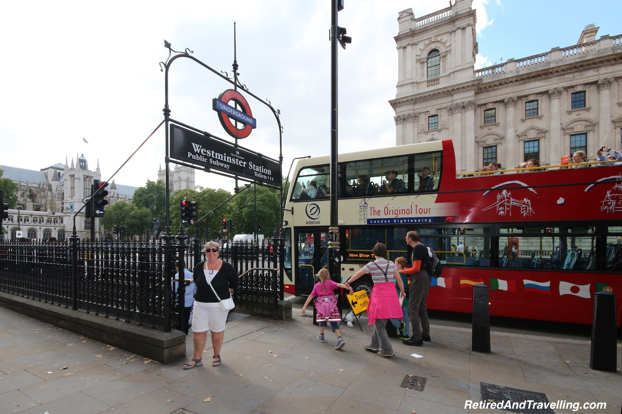 London Public Transit - Tips For Visiting London.jpg