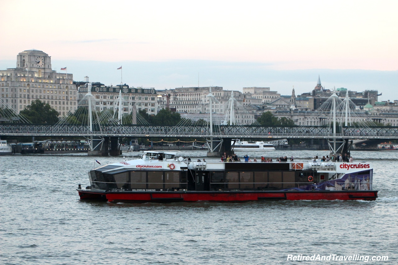 London Thames River Cruise - Tips For Visiting London.jpg