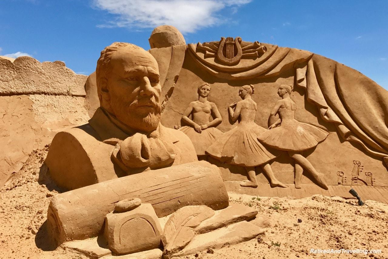 Ballet - Music and the Arts Sand Sculpture - Sand City Algarve.jpg