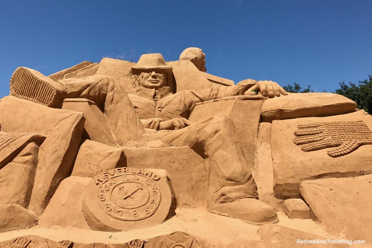 Michael Jackson - Music and the Arts Sand Sculpture - Sand City Algarve.jpg
