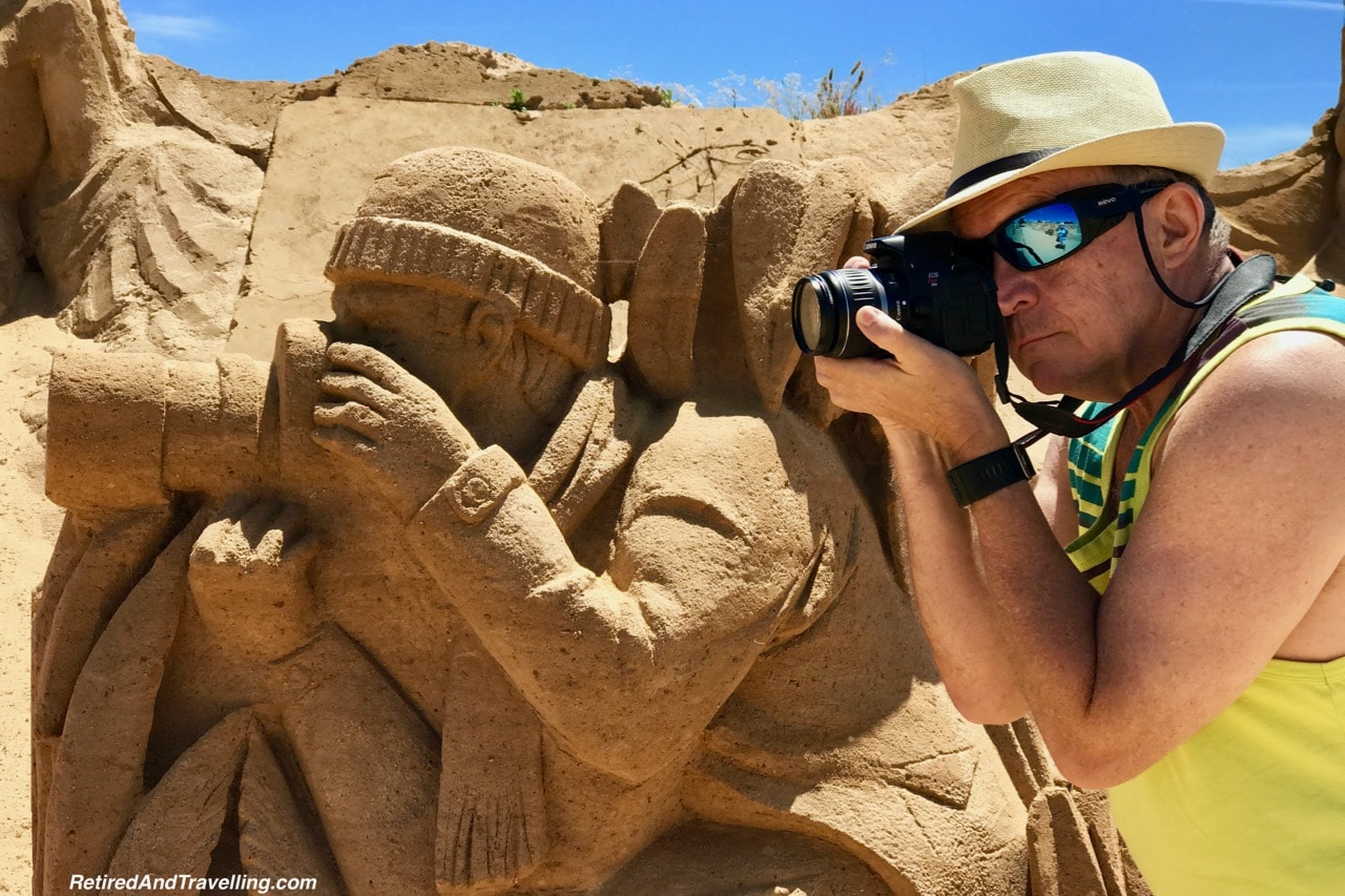 Photographer Sand Sculpture - Sand City Algarve.jpg