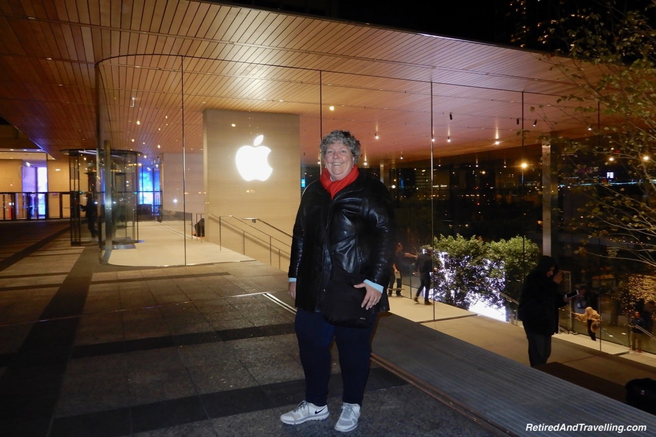 Apple Space - Things To Do - 3 Days In Chicago.jpg