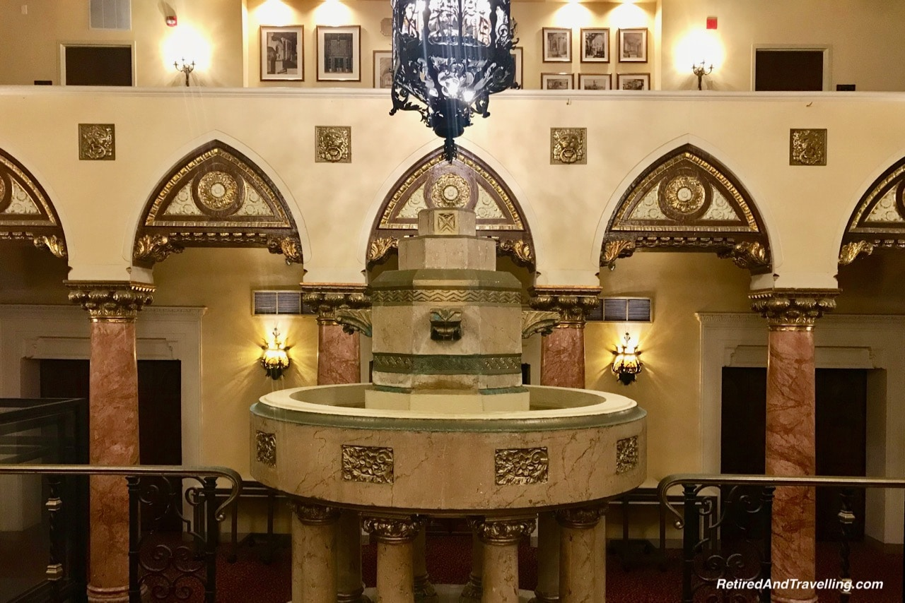 Hall of Lions Fountains - Intercontinental Chicago Medinah Heritage.jpg