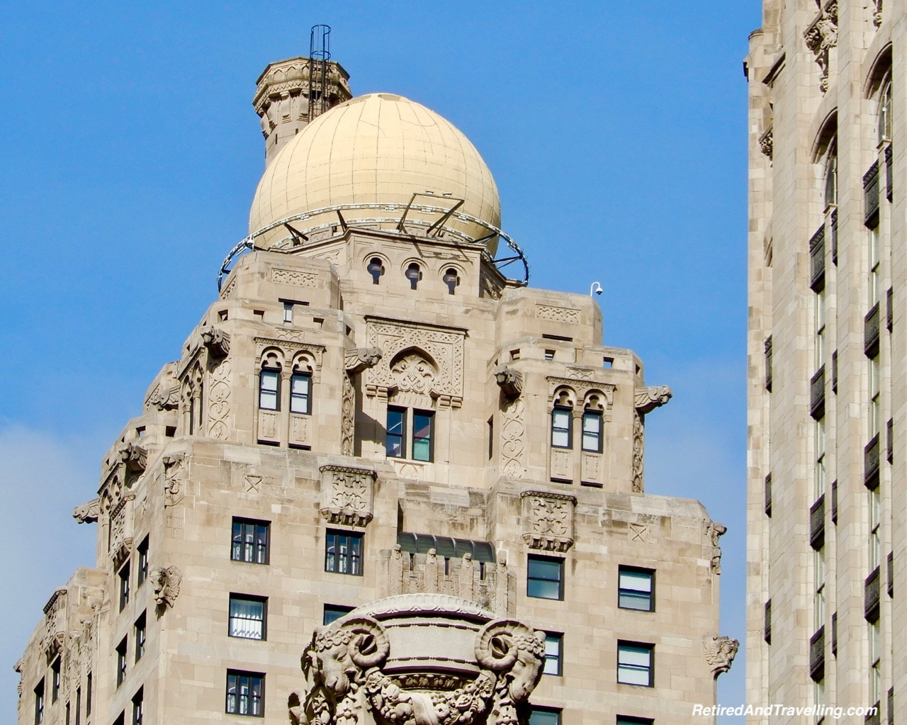 Intercontinental Chicago Magnificent Mile Medinah Athletic Club Dirigible Dock - Things To Do - 3 Days In Chicago.jpg