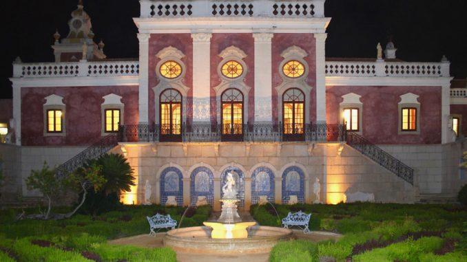 Stay In An Algarve Palace Pousada.jpg