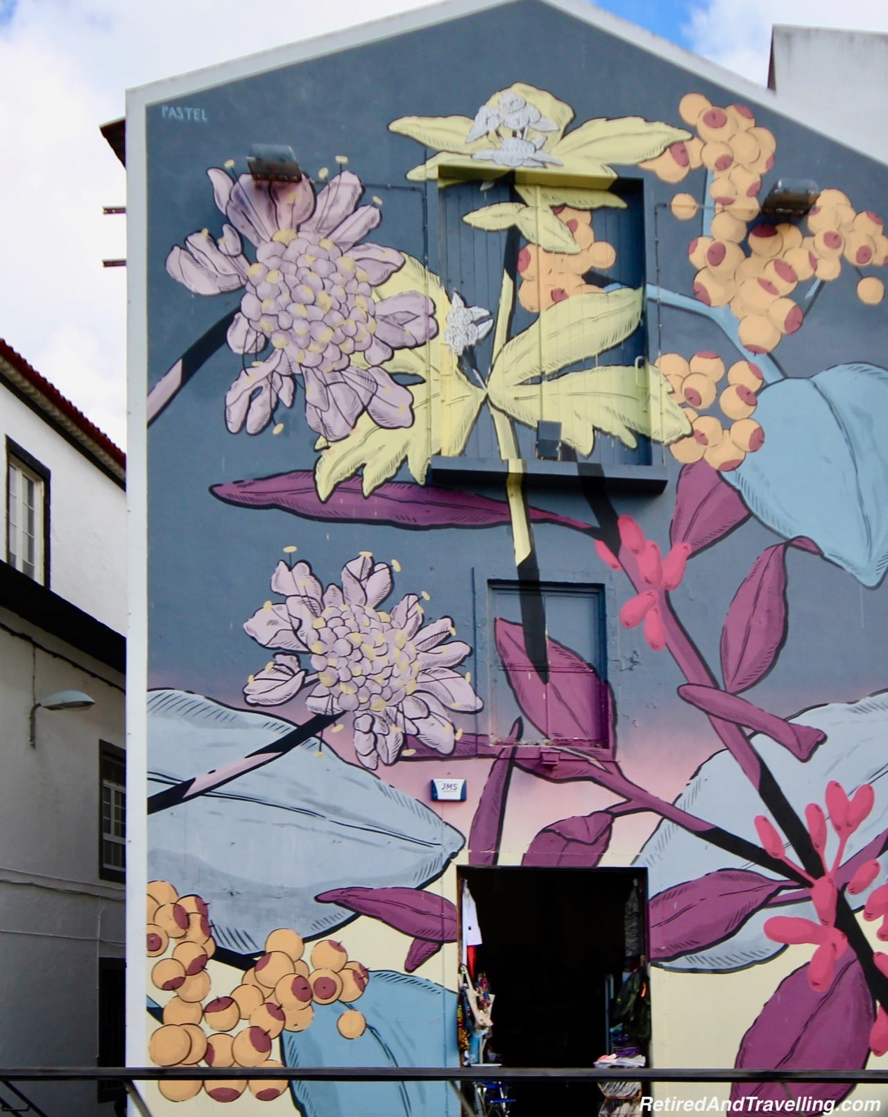 Azores Street Art - 10 Days In the Azores.jpg
