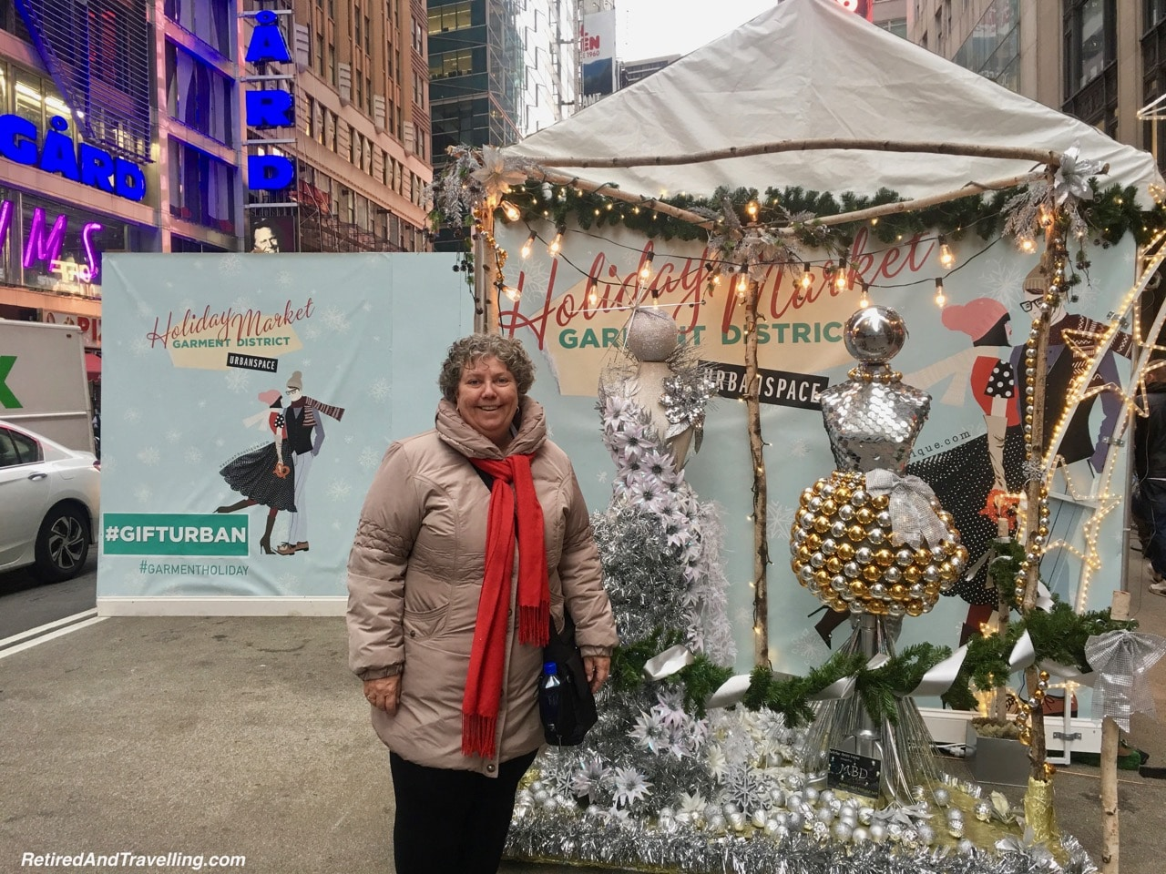 Garment District Holiday Decor - Holiday Visit To NYC.jpg