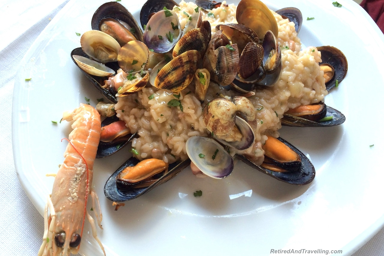 Praiano Marina Restaurants - Travel On The Amalfi Coast.jpg