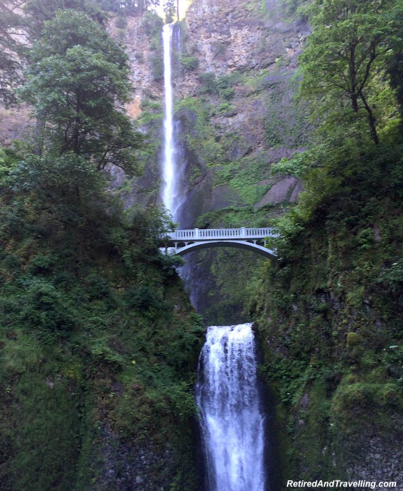 Oregon Columbia Falls - West Coast Itinerary.jpg