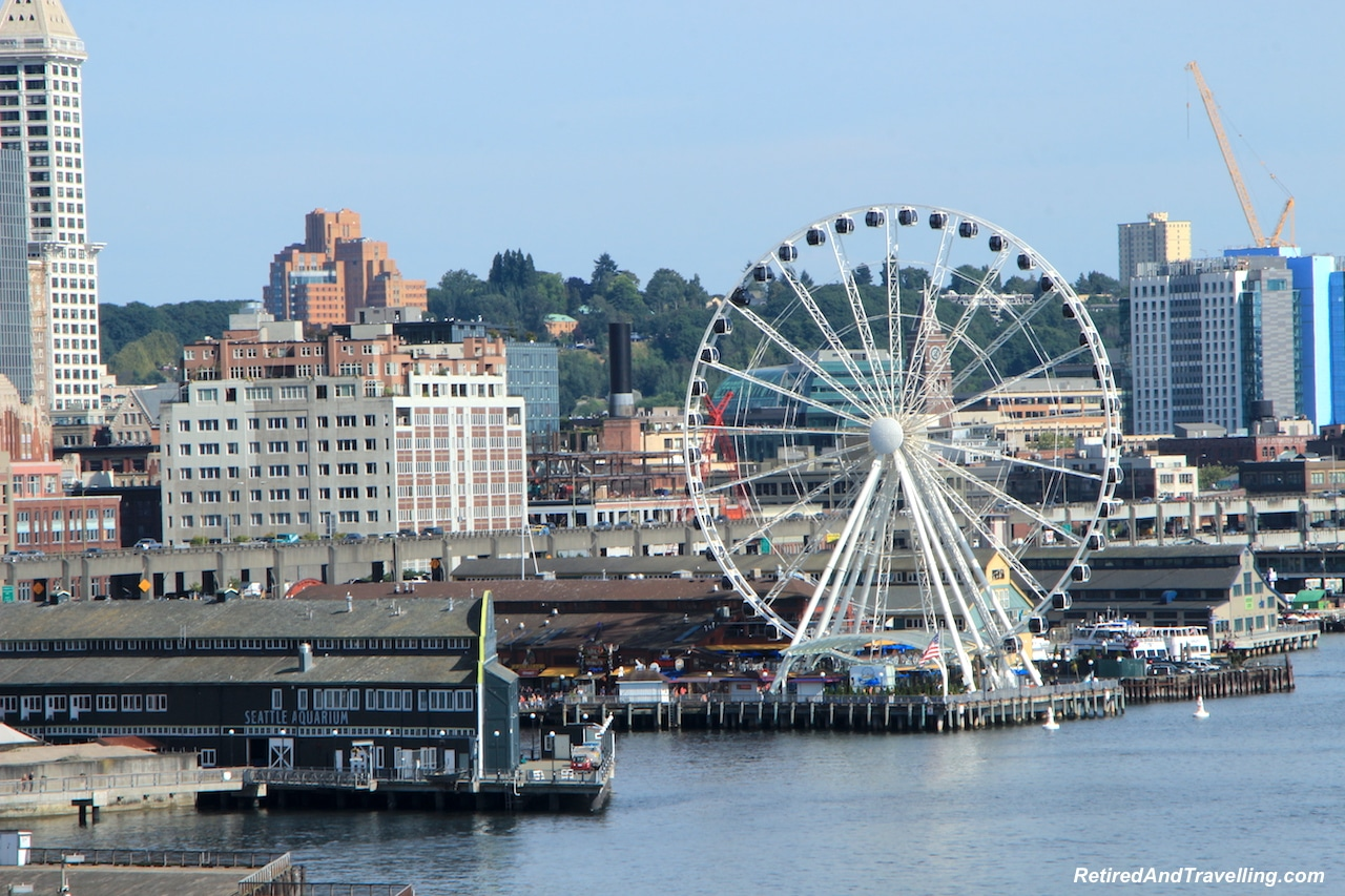 Seattle Ferris Wheel - West Coast Itinerary.jpg