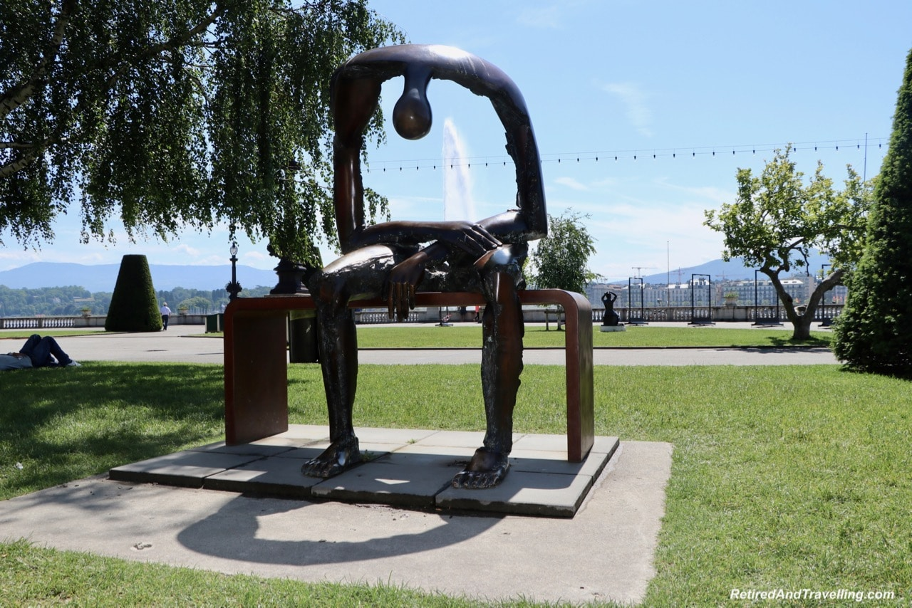 Statues - Things To See In Geneva.jpg