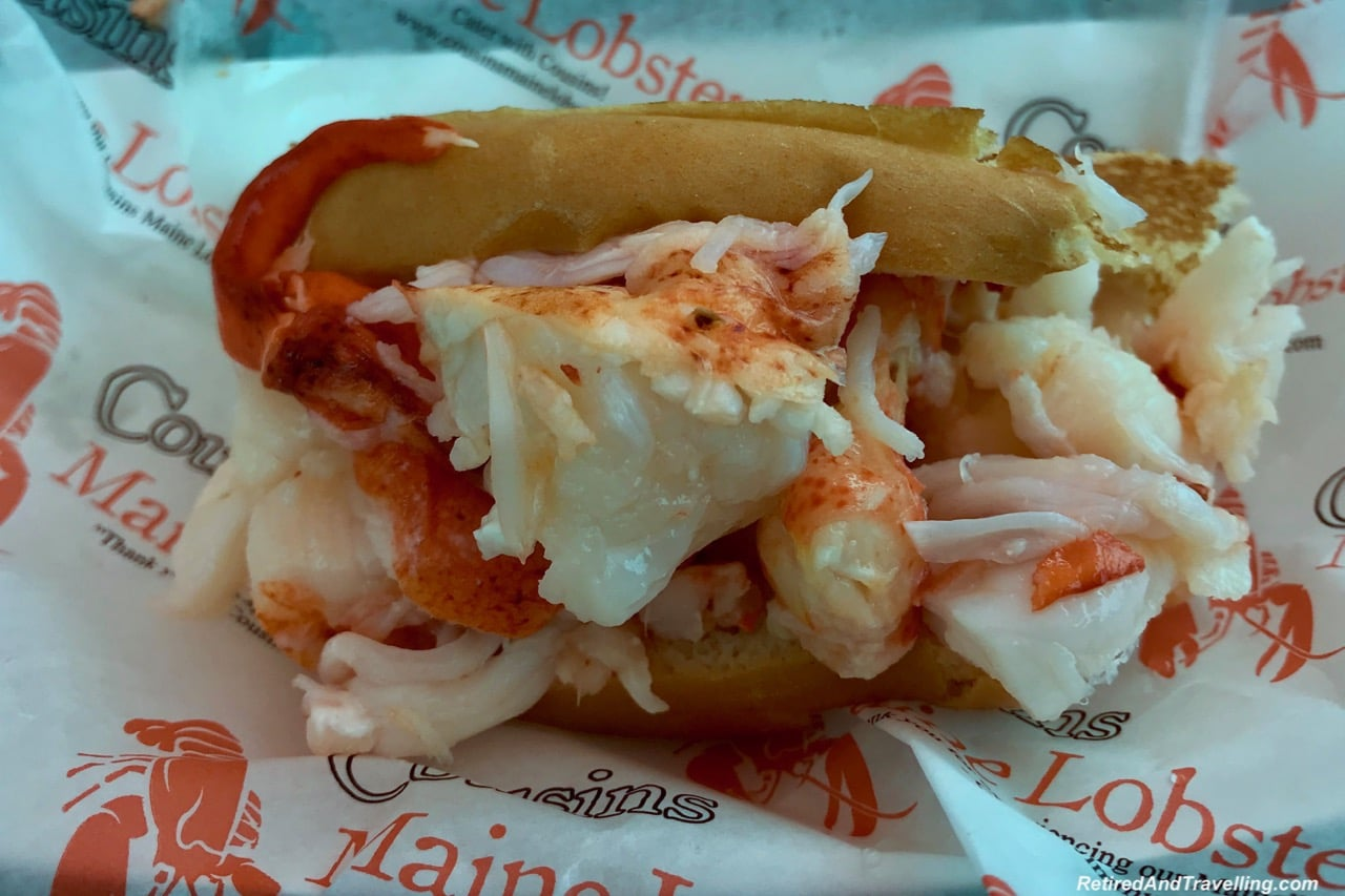 Cousins Maine Lobster Roll Food - Things To Do In Philadelphia.jpg